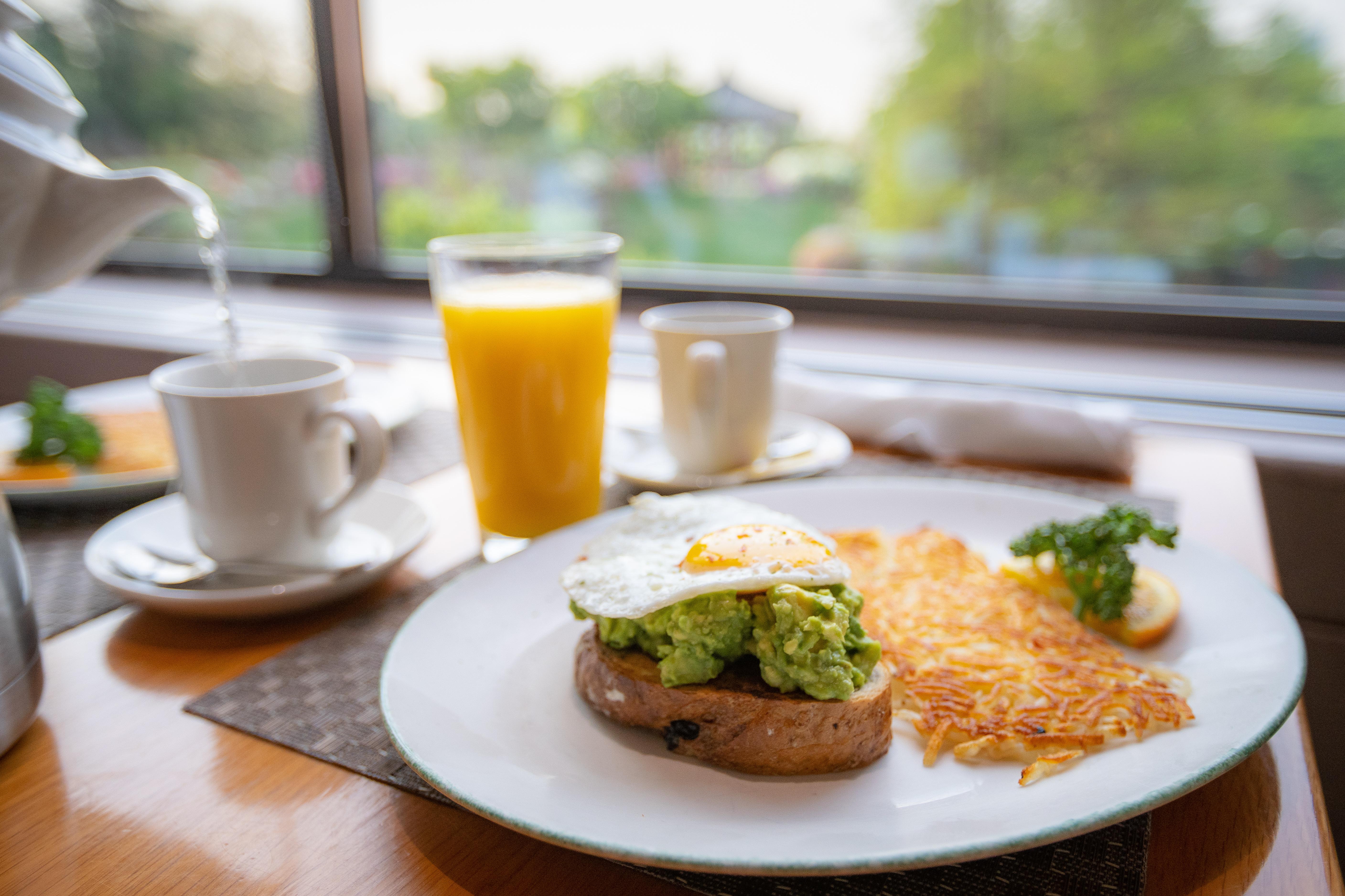 weekday breakfast stay header.jpg