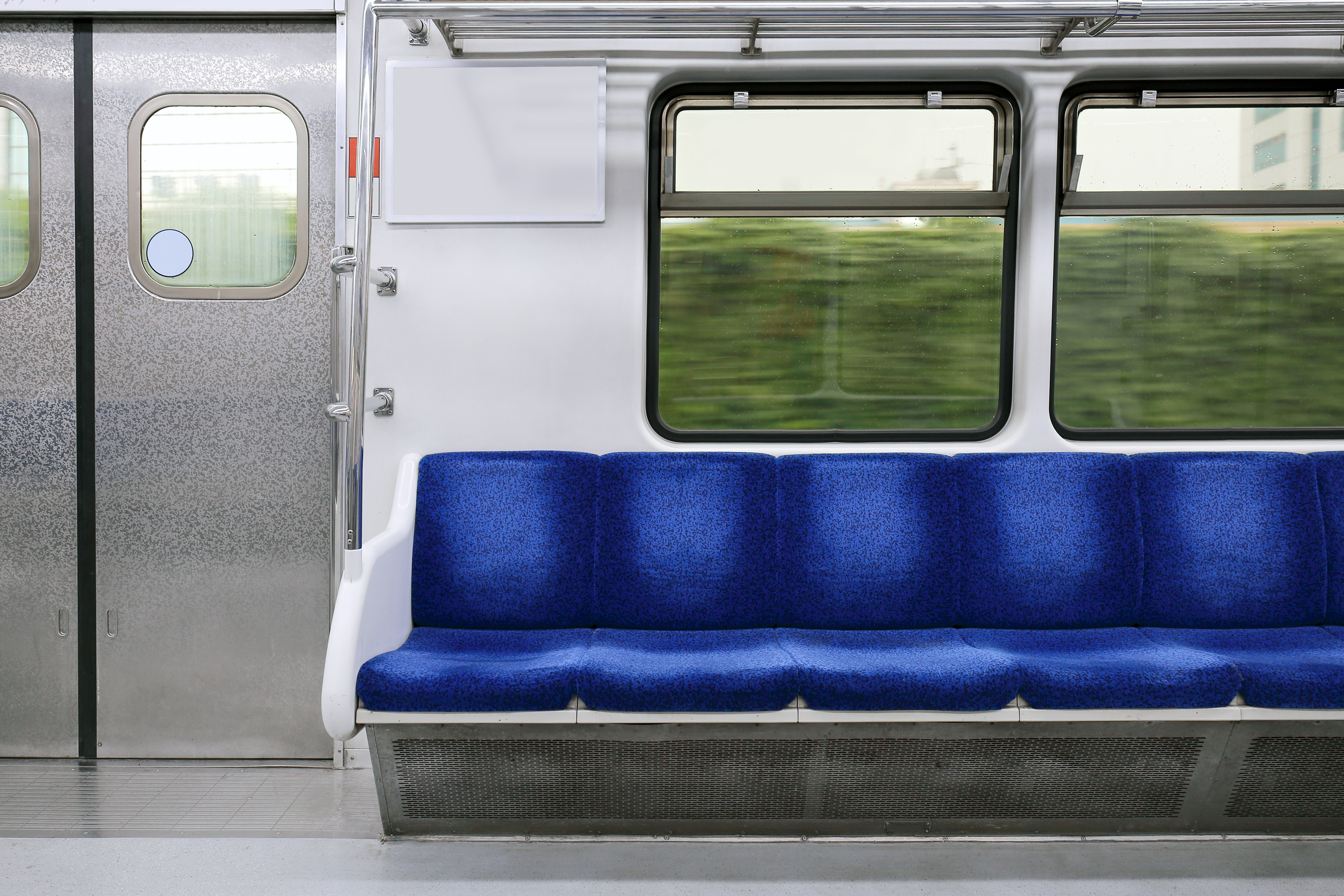 train from osan thumb.jpg